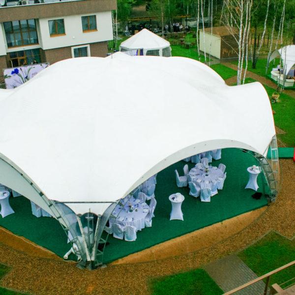 Напольное покрытие в шатрах